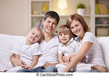 família, casa