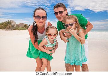 família, férias praia