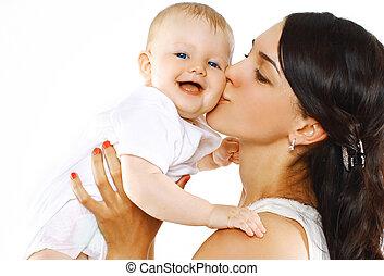 família feliz, mãe, beijando, bebê