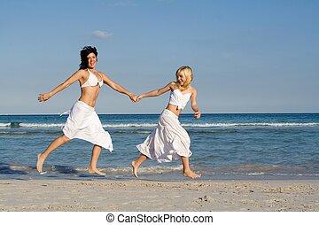 família feliz, mãe filha, executando, ligado, praia, ligado, férias verão, feriado