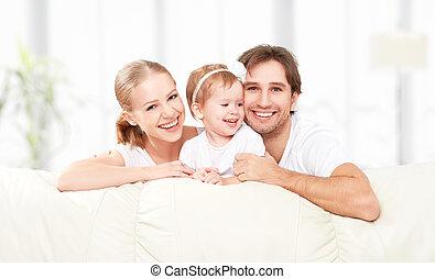 família feliz, mãe, pai, criança, filha bebê, casa, ligado,...