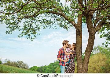 família feliz, natureza