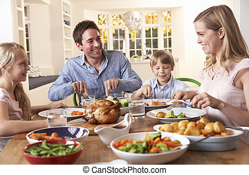 família feliz, tendo, asse frango, jantar, tabela