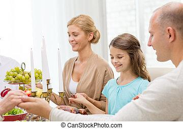 família, jantar, lar, sorrindo, feriado, tendo