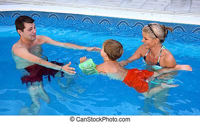 família, jovem, piscina