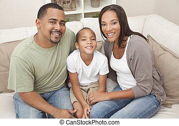 família, mãe, pai, filho, americano, africano, feliz