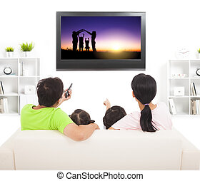 família, observar, a, tv, em, sala de estar
