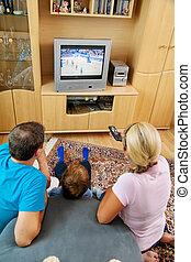 família, olhando televisão, com, tv
