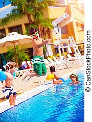 família, piscina, feliz