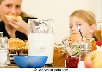 família, tendo, pequeno almoço