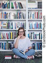 famale, student lezen, boek, in, bibliotheek