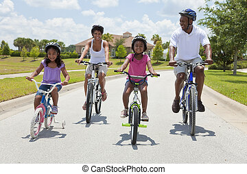 famiglia americana africana, genitori, e, bambini, ciclismo