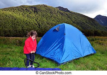 famiglia campeggia