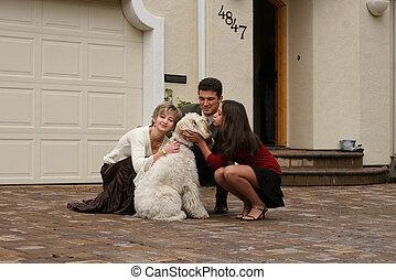 famiglia, con, uno, cane