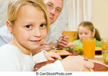 famiglia, detenere, insieme, pasto