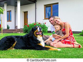 famiglia felice, e, casa