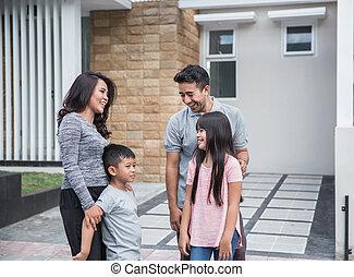familia , casa, su, asiático, frente, feliz