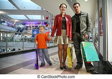 familia , con, niño, en, tienda