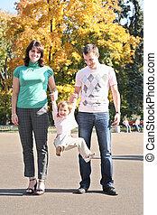 familia , en el parque, en, otoño, 2