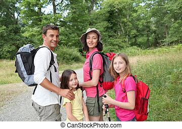 familia , en, un, excursionismo, día