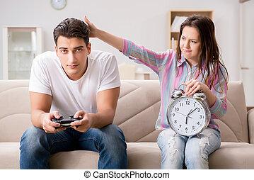 familia , joven, sufrimiento, juegos de computadora,...