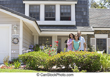 familie, beliggende, udenfor, hus