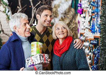 familie einkaufen, in, weihnachten, kaufmannsladen