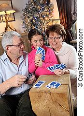 familie, spielen karte, spiel, an, weihnachten