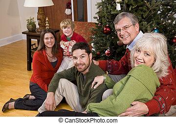 familie vakantie, bijeenkomst, door, kerstboom