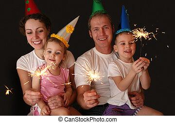 familie vier, mit, sparklers