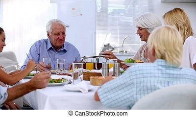 famille, apprécier, repas, ensemble