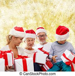 famille, assistant, cadeau, chapeaux, boîtes, santa, heureux