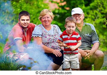 famille, coloré, pique-nique, dehors, portrait, heureux