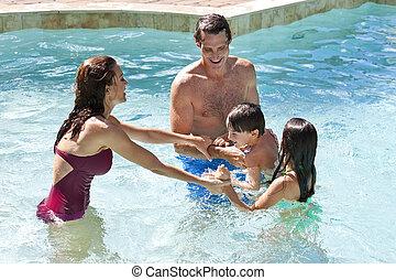 famille, deux, jouer, heureux, enfants, piscine, natation