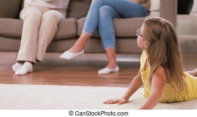 famille, femme, dépenser, temps, maison