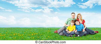 famille heureuse, délassant, dans, park.
