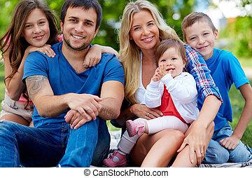famille heureuse, de, cinq