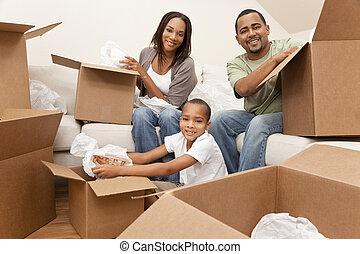 famille, maison, américain, boîtes, en mouvement, africaine, déballage