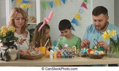 famille, oeufs, quoique, amusement, décorer, vacances, peinture, avoir