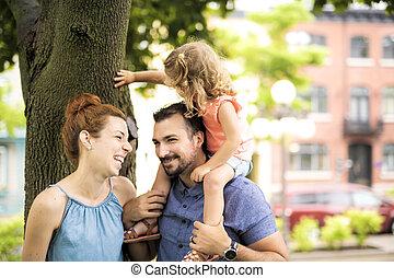 famille, parc, ensoleillé, portrait, jour, heureux