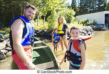 famille, préparer, faire, canoë, sur, a, lac