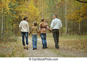 famille, quatre