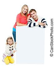 famille, whiteboard, présentation, vide, portrait, heureux