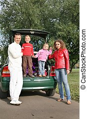 family and car 2