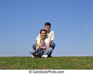 family piramide. meadow