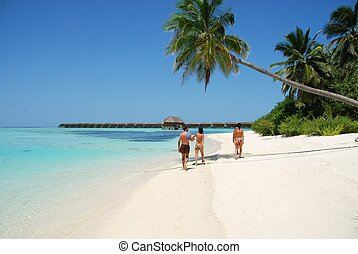 Family spending quality time on a Maldivian Island