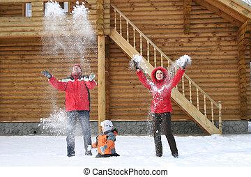 family throw snow