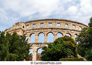 Famous amphitheater in Pula, Croatia - Famous ancient Roman ...