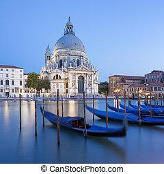 Basilica di Santa Maria della Salute and gondola. - Famous ...