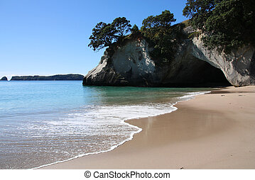 Cathedral Cove - Famous Cathedral Cove at Coromandel...